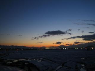 冬至の日没後