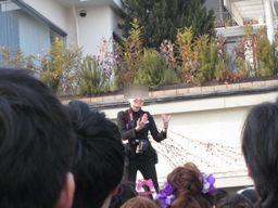 201110205kameraman