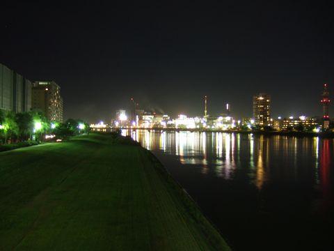 新潟市、昭和大橋からの夜景