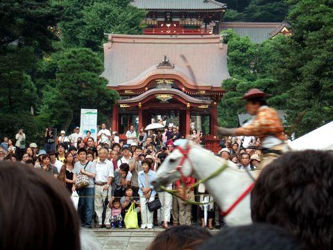 鶴岡八幡宮の流鏑馬