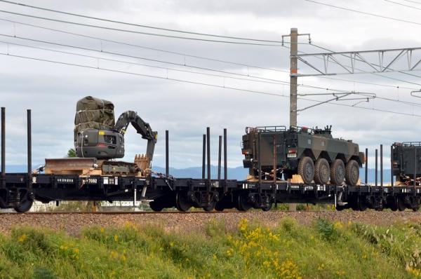 自衛隊機材輸送列車9865レ(20131024)
