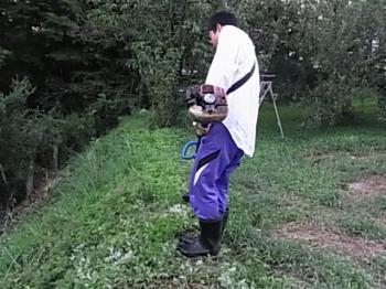 和明土手草刈り