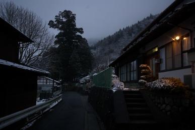雪の箒沢1