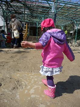 2011 03 09 プリキュア踊る tibi02