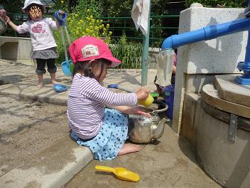 2011 04 11 長池幼稚園3 tibi01
