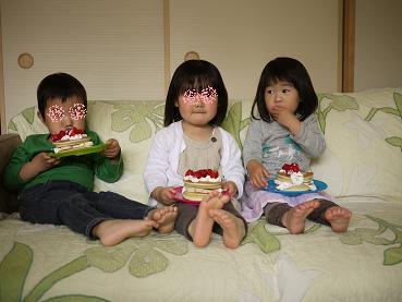 2011 04 18 ケーキ作り3 tibi02