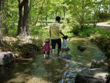2011 05 08 鶴見緑地公園3 tibi02