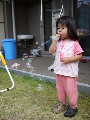 2011 05 21 プールあそび tibi02