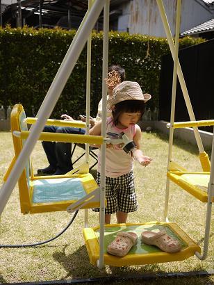 2011 05 21 プールあそび tibi04