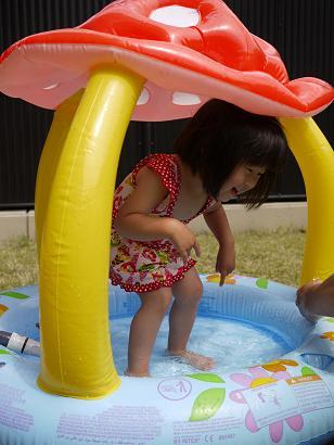 2011 05 21 プールあそび tibi05