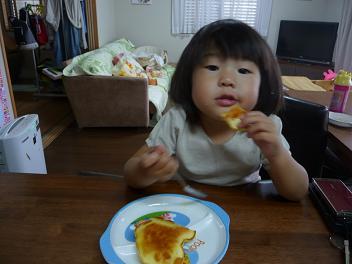 2011 06 13 ホットケーキ tibimomo01