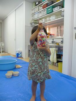 2011 07 13 アトリエで色水 tibi06