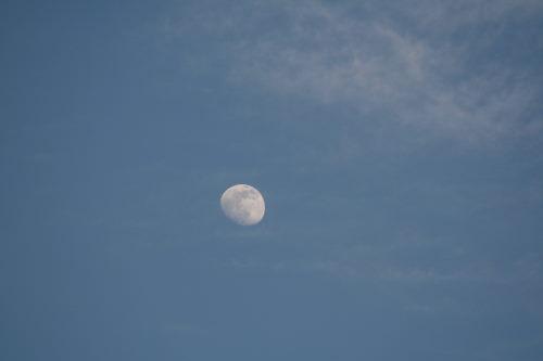 13日の月