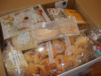 yoshieさんへお菓子便♪