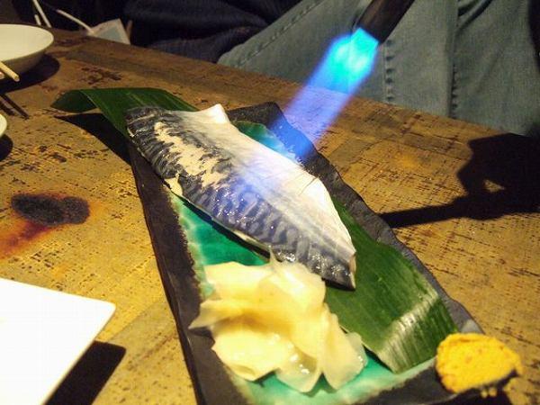 ビストロ 三十五段屋 あぶり〆鯖刺