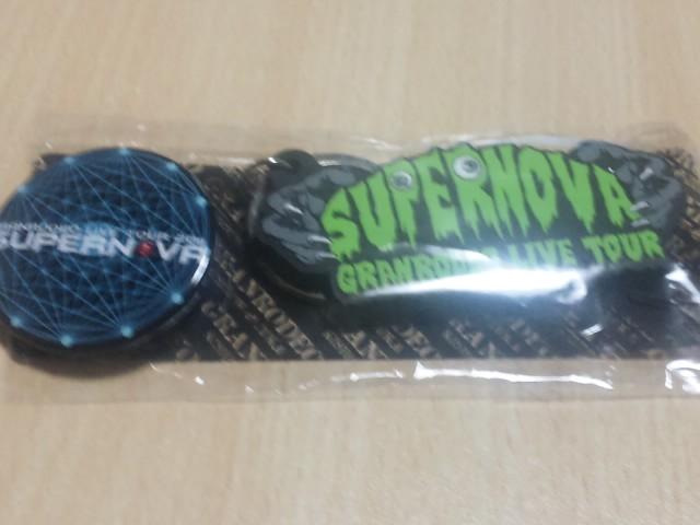 SH380165.jpg
