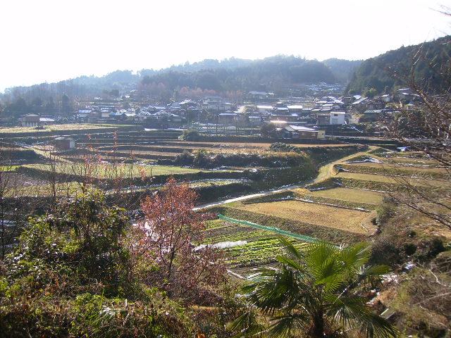 片川集落を望む259