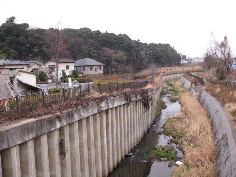 上富士川と根木内城址