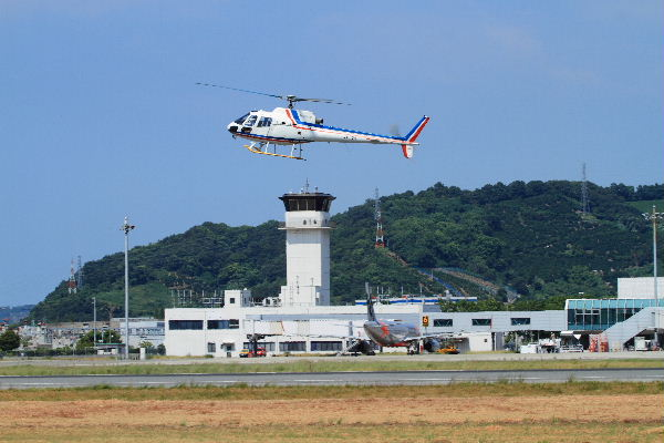四国航空 Aerospatiale AS350 JA6108 RJOM 130819 02