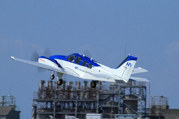 Beachcraft 58 Baron JA51HD RJOM 130827 06