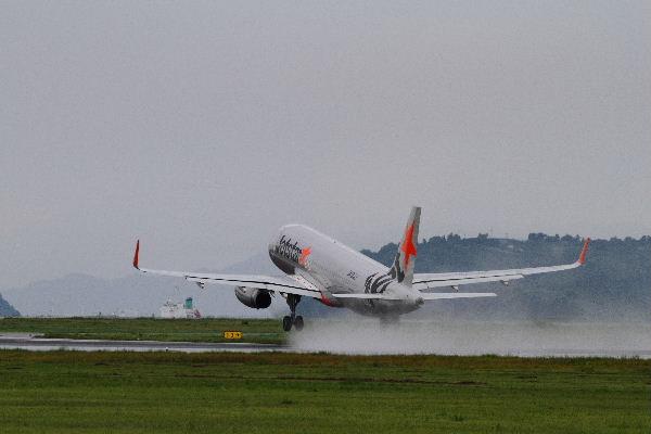 GX A320-232 JA12JJ RJOM 130902 03