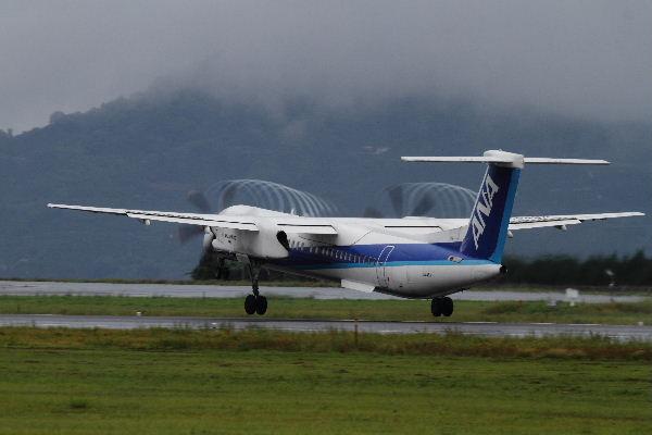 EH DHC-8-402Q JA846A RJOM 130902 01