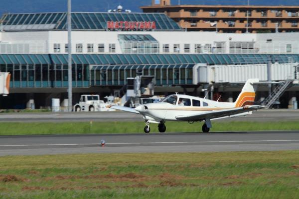 Piper PA-28R-201T JA3835 RJOM 130917 04