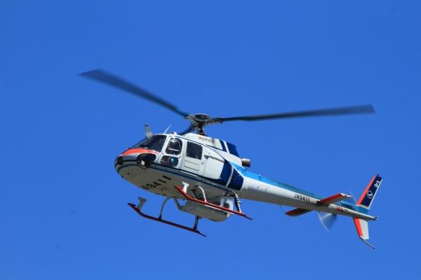 中日本航空 AS350B Ecureuil JA9411 RJOM 130914 01