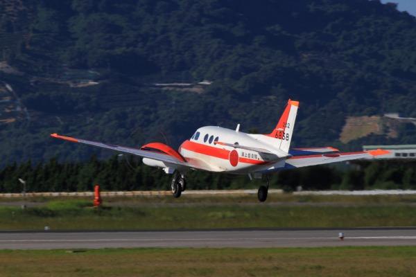 JMSDF TC-90 King Air 6838 RJOM 130926 05