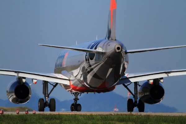 GK A320-232 JA03JJ RJOM 131021 033