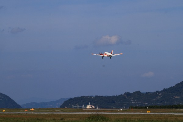 JMSD TC-90 King Air 202-6838 RJOM 131028 04