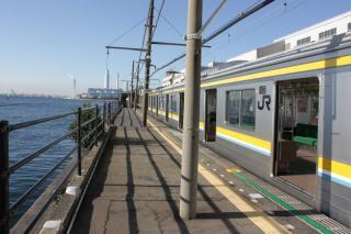 101218_JRE-Tsurumi_06.jpg