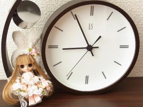 ヴァローナ 時計うさぎ
