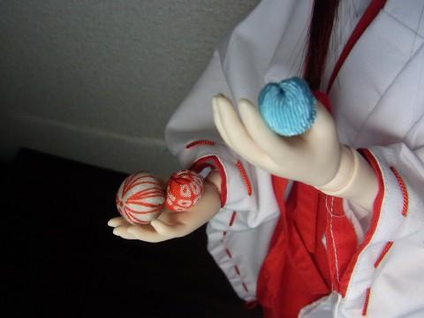 ミカヅキ 手毬01