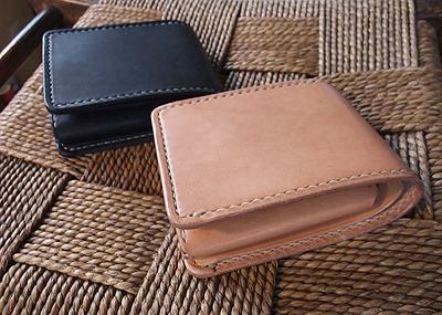 サドル 二折財布