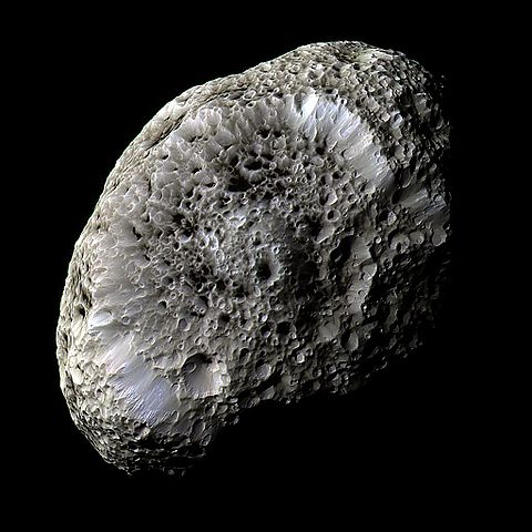 480px-Hyperion_PIA07740.jpg