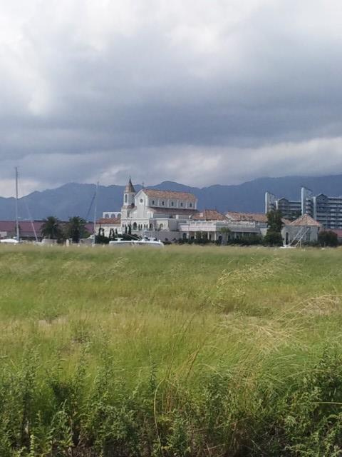 近くの教会