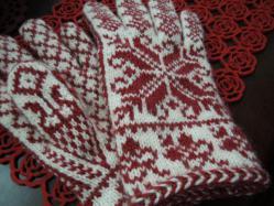 北欧柄の編み込み手袋