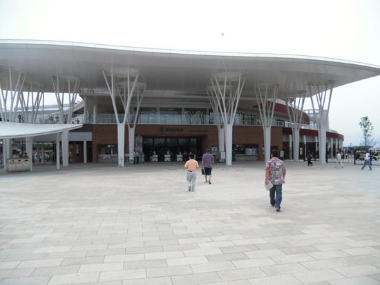 函館競馬場 門
