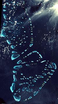 200px-Malosmadulu_Atolls,_Maldives