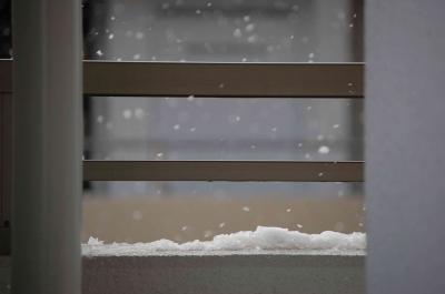 我が家のベランダにも雪が…♪