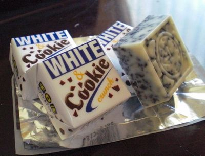 WHITE  Cookie (チロルチョコ)