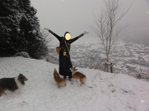 雪と記念撮影2