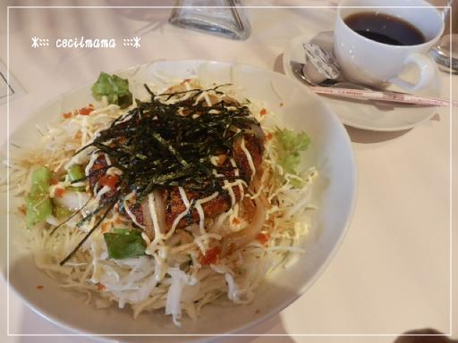 豆腐ハンバーグのロコモコ丼