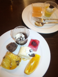 sweets_buffet1.jpg