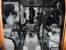 P1030341エンジン