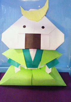 折り紙 で むすび丸