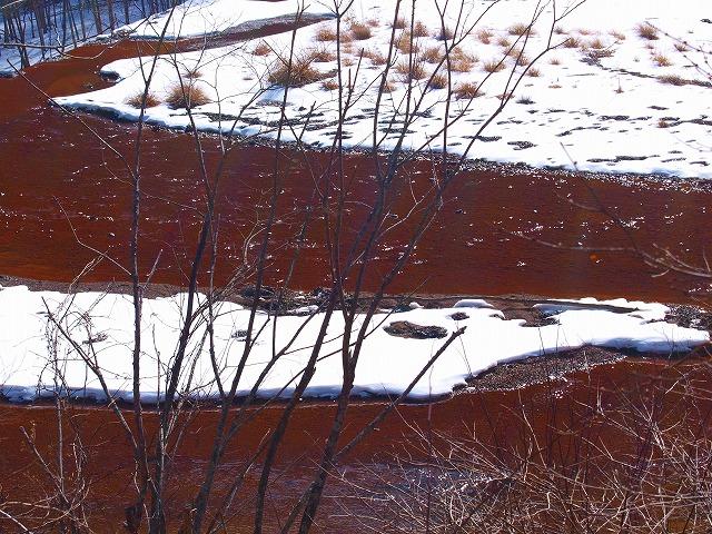 s-P2058809赤い川