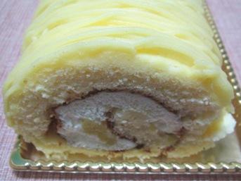 黄金のモンブランロール20120421 (1)
