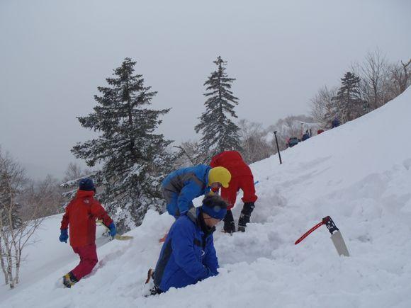 雪洞場所選定
